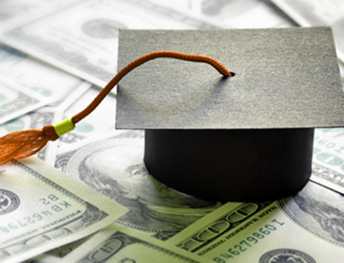 8 FINANCIAL TIPS FOR NEW COLLEGE GRADUATES