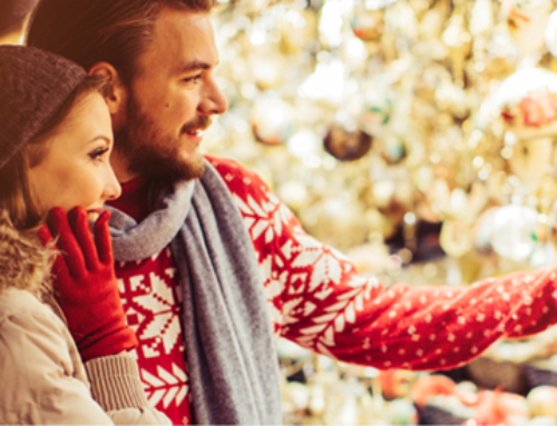 8 BAD SPENDING HABITS TO AVOID THIS HOLIDAY SEASON